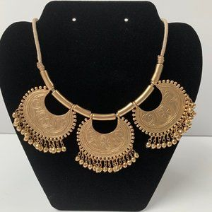 Chico's Adjustable Neklace with 3 Gold Pendents
